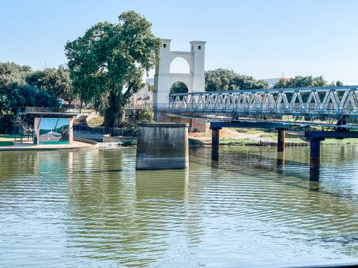 Things to Do With Kids in Waco - Waco Suspension Bridge