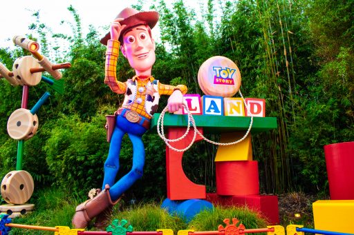 Hollywood Studios Rides for Toddlers - Toyland