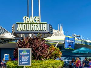 Best Rides to FastPass at Magic Kingdom - Space Mountain