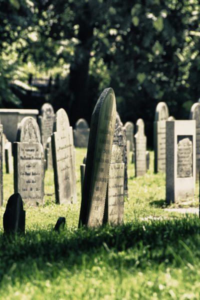 Best Halloween Towns - Salem MA Cemetery